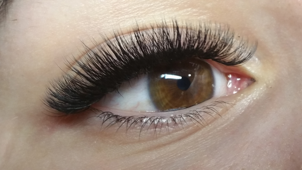 formation-extension-de-cils-academie-du-regard-1